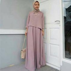 Biyan maxy mocca Bahan balotelli All size . Format pemesanan : Nama : No hp : Alamat lengkap : List order : . Abaya Fashion, Muslim Fashion, Modest Fashion, Fashion Dresses, Trendy Dresses, Simple Dresses, Nice Dresses, Muslim Long Dress, Abaya Mode