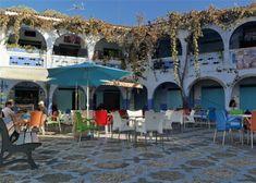 Um dia em Chefchaouen Marrakech, Outdoor Decor, Grand Mosque, Aguas Frescas, Blue Home, Morocco, The Journey, Places, City