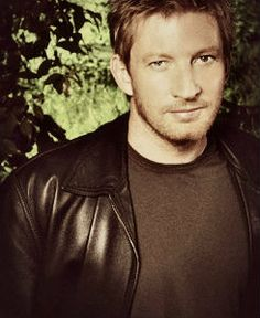 David Wenham as Simon Hollens in my new book, Shades of Reason