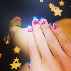 Love these #4thOfJuly nails? Pick up the latest issue of #MMagazine to check out the full #DIY! #MMagDIY