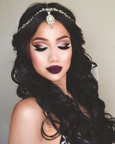 black long hairstyle + makeup + lips / #hairstyles #makeup #beauty