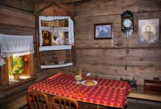 Cottage home interiors dining table