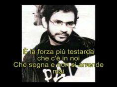 """Renato Russo (RIP) cantando em italiano """"La forza della vita""""."""