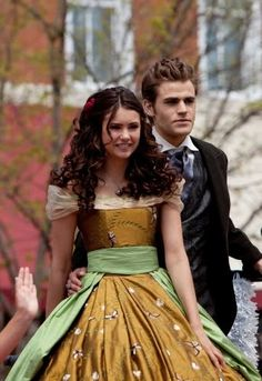 Miss Mystic Falls - The Vampire Diaries