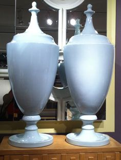 Chalk Blue is a new color for Global Views, and these Grand Urns with Lid are fantastic!  This is wonderful way to ease a primarily neutral home into a bit of color.  Use a pair on a mantel, flanking a painting, and you are done!  Global Views (IHFC D220) #hpmkt
