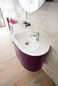 Bagno Slim con finitura larice spazzolato laccato purple opaco RO-9 http://www.cerasa.it/it_IT/bagni/moderno/slim/arredamento-bagno_moderno-slim-52