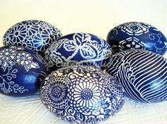 Decoupage Eggs. I love these!