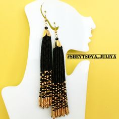 Shop for on Etsy, the place to express your creativity through the buying and selling of handmade and vintage goods. Tassel Earing, Earring Tutorial, Basic Outfits, Beading Projects, Beaded Jewelry, Jewellery, Tassels, Diy Crafts, Drop Earrings