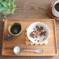 グラノーラ朝食