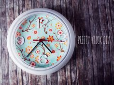 DIY Wall Clock Makeover (tutorial), Homemade Organizers & Useful Items Made Cute