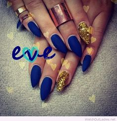 Matte blue nails and yellow glitter nail detail