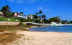 Kellogg Beach is a Point Loma hidden gem.  It can be found at the south end of Rosecrans street and is great for paddle boarding, kayaking, and hitting the beach without the crowd!