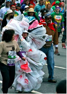 A Bag Lady. | The 40 Best Worst Runner Costumes