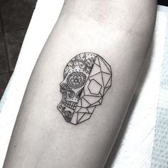 Tiny Day of the Dead/Geometric Skull