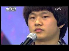 il a fait pleurer le public et le jurie dan la coree a un incroyable talant