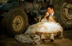 Eldía de tu boda es una de las fechas más importantes de tu vida, todo debe ser perfecto: el vestido, la música, los detalles... y la fotografía