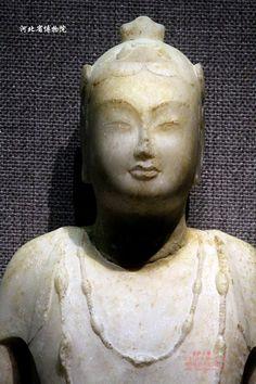河北省博物館北齊脅侍菩薩像