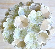 Little wallpaper flowers make beautiful retro chic bouquets for table centerpieces