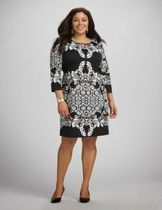 Whether you're meeting up with friends, heading to brunch or just looking to keep things relaxed, dressbarn's collection of plus size day and casual dresses will have you looking and feeling great. Shop our casual dresses in plus sizes today! Elegant Dresses, Pretty Dresses, Casual Dresses, Classy Outfits, Beautiful Outfits, Différents Styles, Plus Size Fashionista, Look Plus Size, Modelos Plus Size
