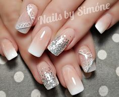 #nails #acrylicnails #acrylicoverlay #acrylics #babyboomer #babyboomernails #babyboomers #nudeandwhite #frenchnails #frenchfade #pinkandwhites #glitter #glitterfade #girlsloveglitter #justaddglitter #sparklynails #handpainted #nailart #nailsbysimone #silverglitter