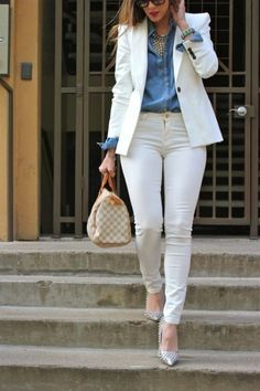 ✔ Office Look Blazer Work Outfits Summer Office Outfits, Casual Work Outfits, Business Casual Outfits, Professional Outfits, Mode Outfits, Work Casual, Stylish Outfits, Classy Outfits, Casual Chic