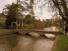 Bourton on the Water: such a beautiful little village