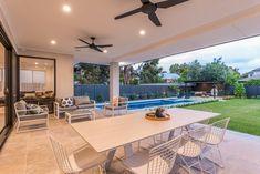 Backyard Garden Design, Patio Design, Backyard Patio, House Design, Outdoor Pergola, Outdoor Spaces, Outdoor Living, Alfresco Designs, Stacking Doors