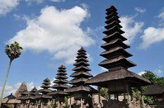 Visiting The Beautiful Taman Ayun Temple