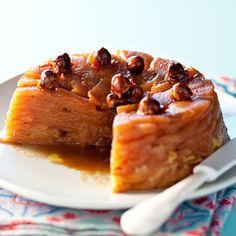 Découvrez la recette Gâteau de pommes aux noisettes sur cuisineactuelle.fr.