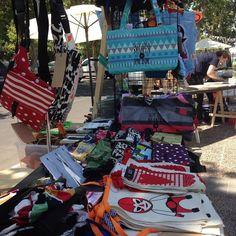 Ya estamos en #feriaqbe en Parque Bicentenario hasta las 29 hrs entrada liberada. Recuerden que hoy no abrimos la tienda! #feriadediseño #regalos