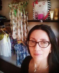 En mí Tienda de Pijamas www.angelapuerto.com info@angelapuerto.com Glasses, Fashion, Eyewear, Moda, Eyeglasses, Fashion Styles, Eye Glasses, Fashion Illustrations