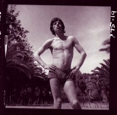 Mick Jagger was born on July in Dartford, England. As the lead singer of the Rolling Stones, Jagger has become a rock legend known. Rare Photos, Vintage Photographs, Rock N Roll, Moves Like Jagger, Cecil Beaton, Rock Legends, Rolling Stones, Vintage Men, Beautiful People