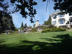 Hotel La Cascada, Bariloche, provincia de Río Negro, Argentina, 2013
