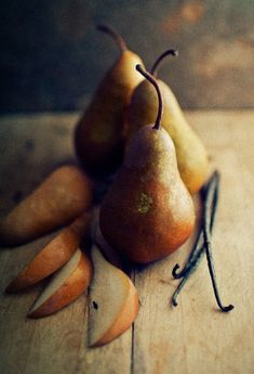 pears and vanilla.