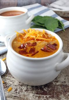 Warm yourself up in the cold with some delicious Bacon Cheeseburger Soup | Shared via http://www.ruled.me/