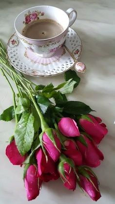 An Introduction To Gourmet Coffee I Love Coffee, Coffee Art, Coffee Cups, Tea Cups, Sweet Coffee, Good Morning Coffee Gif, Coffee Break, Gd Morning, Tea Sandwiches