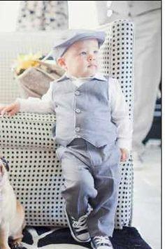European Linen in Slate Hat Dress Pants and Vest Suit for boys ring bearer. Pug Love, Baby Love, Pugs, Cute Kids, Cute Babies, Amor Pug, Ring Bearer Outfit, Boys Suits, Suit Vest