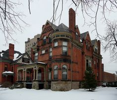 Old Victorian Homes, Vintage Homes, Victorian Houses, Victorian Gothic, Abandoned Detroit, Abandoned Places, Revival Architecture, Architecture Drawings, Nice Houses