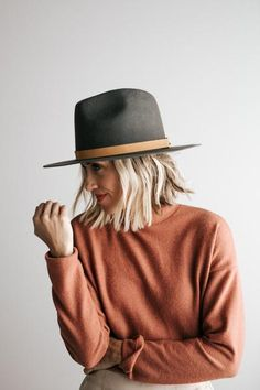 The Billie is our favorite statement tall crown fedora from the Gigi Pip family. She is a structured tall crown fedora with a stiff brim. The Billie is your new go-to. Cowboy Hat Styles, Cowboy Hats, Women's Dresses, Felt Hat Outfit, Fedora Outfit, Fedora Hats, Custom Embroidered Hats, Mens Trucker Hat, Look Boho