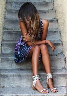 sincerely jules // ombre hair // tie dye // isabel marant // she looks beautiful! Isabel Marant, Ombré Hair, Dye Hair, Looks Street Style, Tie Dye Dress, Fashion Beauty, Womens Fashion, Fashion News, Fashion Outfits