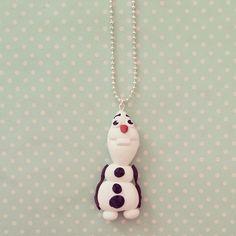 Collier Olaf le bonhomme de neige qui adore les câlins - 1