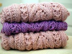Ravelry: Kerttu-tuubi pattern by Paula Loukola Knitted Shawls, Ravelry, Knit Crochet, Crotchet, Diy And Crafts, Crochet Patterns, Sewing, Cowls, Knitting Ideas