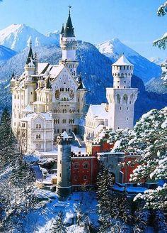 Neuschwanstein Castle Bavaria #Castles| http://famouscastlesimogene.lemoncoin.org
