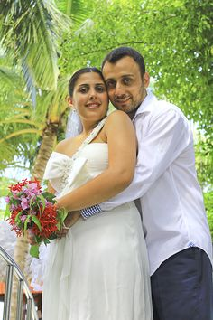 the hug - Wedding at Kurumba Maldives Photo Wedding - Photographer: Mohamed Ezekiel