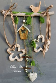 ♥ ** Width: longest length from As . Window decoration ♥ … spring decoration … ♥ ** Width: longest length from branch: Diy Home Crafts, Diy Home Decor, Crafts For Kids, Spring Decoration, Fall Decor, Driftwood Crafts, Wooden Crafts, Easter Crafts, Christmas Crafts