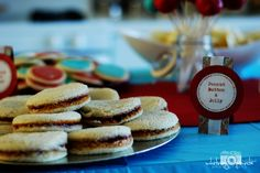 cute as a button party peanut butter and jelly sandwiches¤