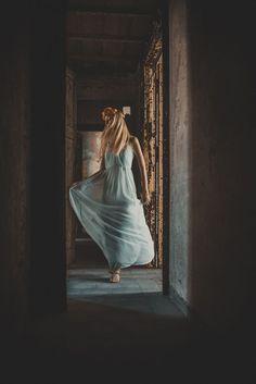 Alone dancer by Isabel Fassone