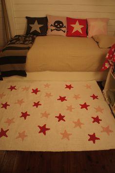 White Stars Pink-Fucsia http://lorenacanals.com/en/2-washable