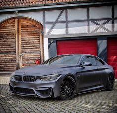 BMW F82 M4 matte grey