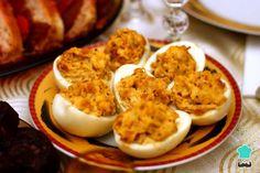 Receta de Huevos rellenos de atún sin mayonesa #RecetasGratis #RecetasdeCocina #RecetasFáciles #Tapas #TapasOriginales #Pasapalos #Canapés #Aperitivos #TapasEspañolas #HuevosRellenos